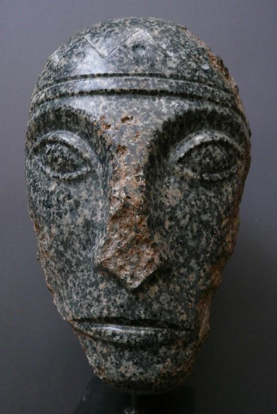 »König David«, 2010, Granit, Höhe 36 cm