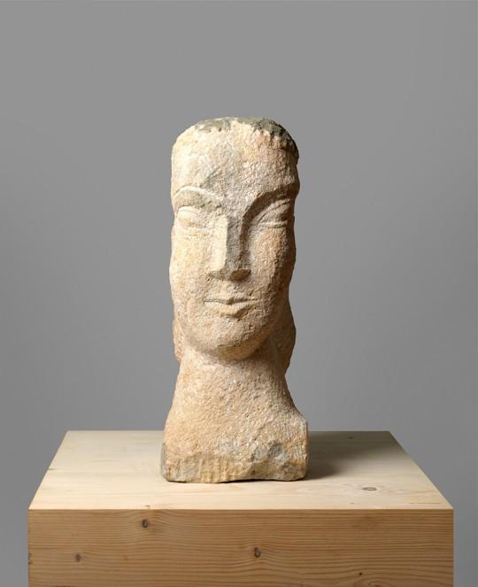 »Sylvette«, 1995/2015, Sandstein, 47 × 19 × 19 cm