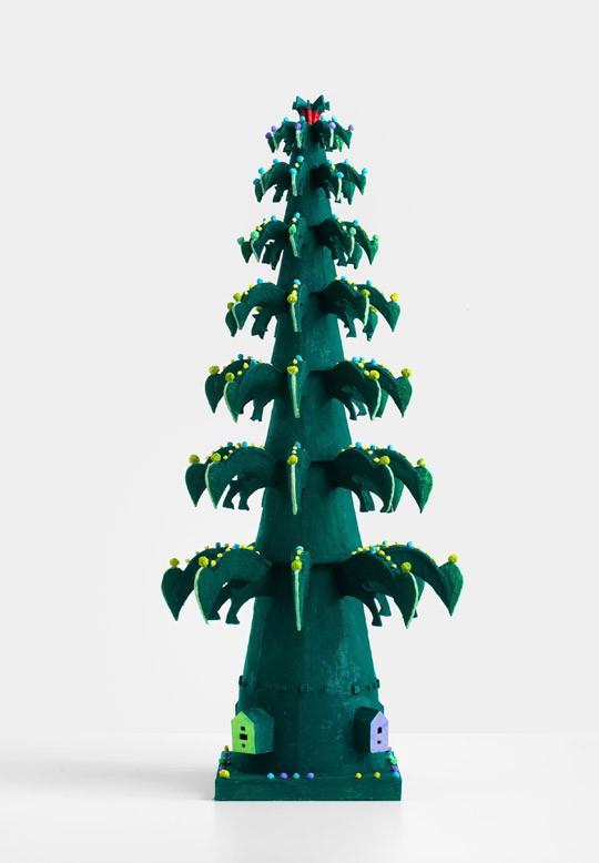 »Schnabel-Baum«, 2017, Pappe, Papiermaché, Tusche, Höhe 62 cm, Durchmesser 29 cm