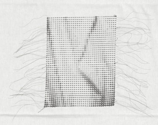»Faltenwurf«, 2012, maschinenbestickter Baumwollstoff, bestickte Fläche 29 × 22,5 cm, Zusammenarbeit, digitale Bearbeitung und Stickdatei: Jörg Thomas Woite